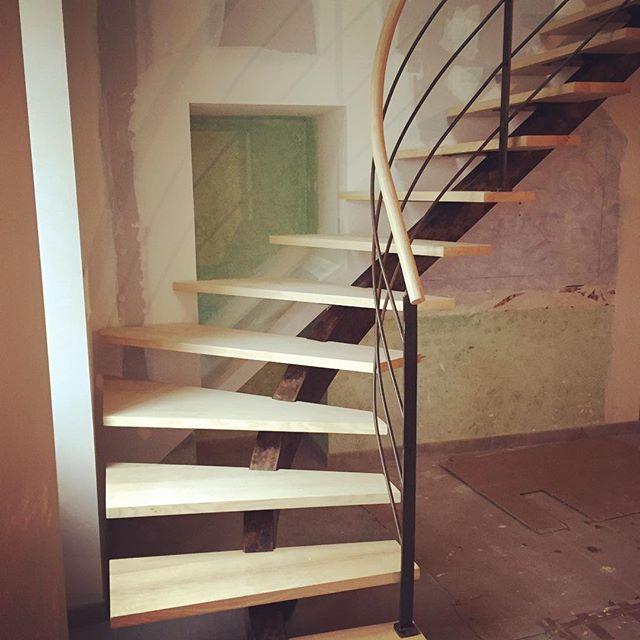 REGIS BERTHELOT Fabricant Escaliers Longue Jumelles 47271742 551749328630321 6815237366915799606 N