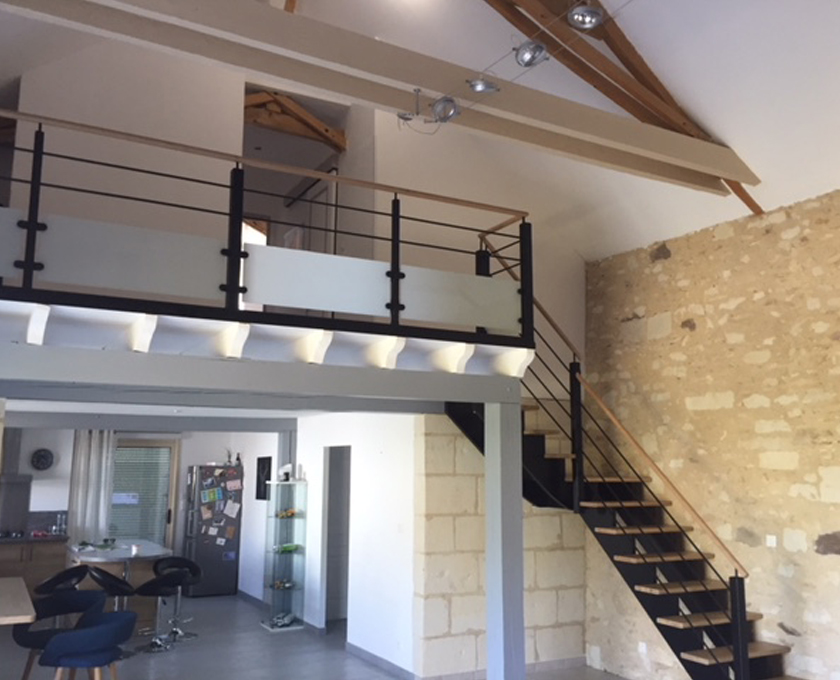 REGIS BERTHELOT Fabricant Escaliers Longue Jumelles IMG 0643.JPG